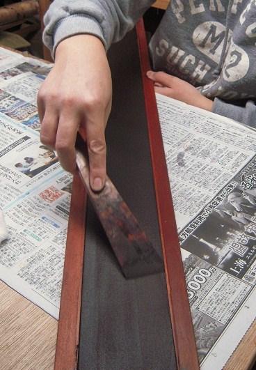 金沢仏壇の制作 その7 地の粉下地2011.10.25_c0213599_5561345.jpg