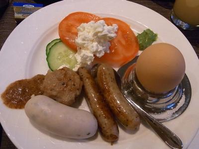 ++ドイツの朝食は世界一かも++_e0140921_15385374.jpg