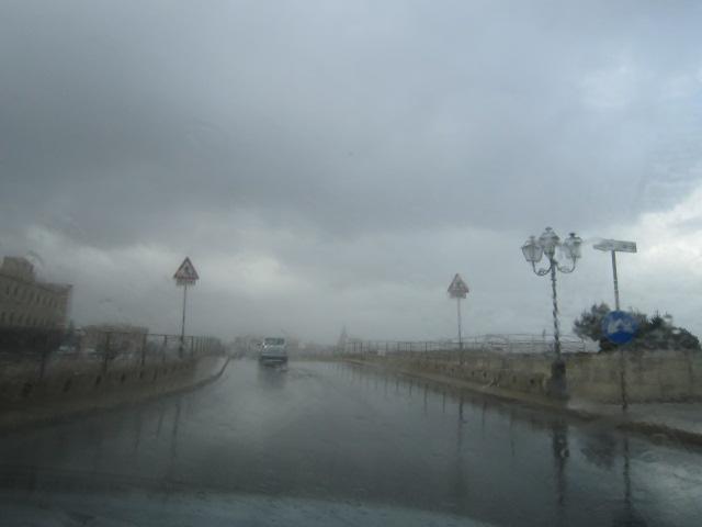 大雨でーーす バゥ_d0084229_23152270.jpg