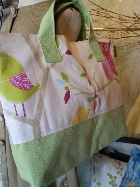 絵本を入れるバッグを作りました。_c0157866_20564126.jpg