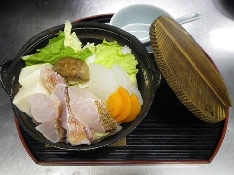 カサゴと冬野菜の小鍋仕立て_e0160513_161560.jpg