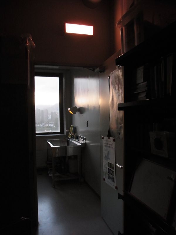 暗室が消えた!_c0025115_17415861.jpg
