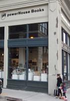 つくづく興味深いニューヨークの独立系書店 パワーハウス・アリーナ(Powerhouse Arena)_b0007805_1136348.jpg