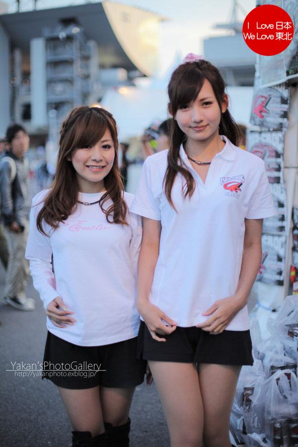 2011 F1日本グランプリ in 鈴鹿 写真撮影記 14 小林可夢偉&マッド・クロックキャンギャル編_b0157849_22135117.jpg