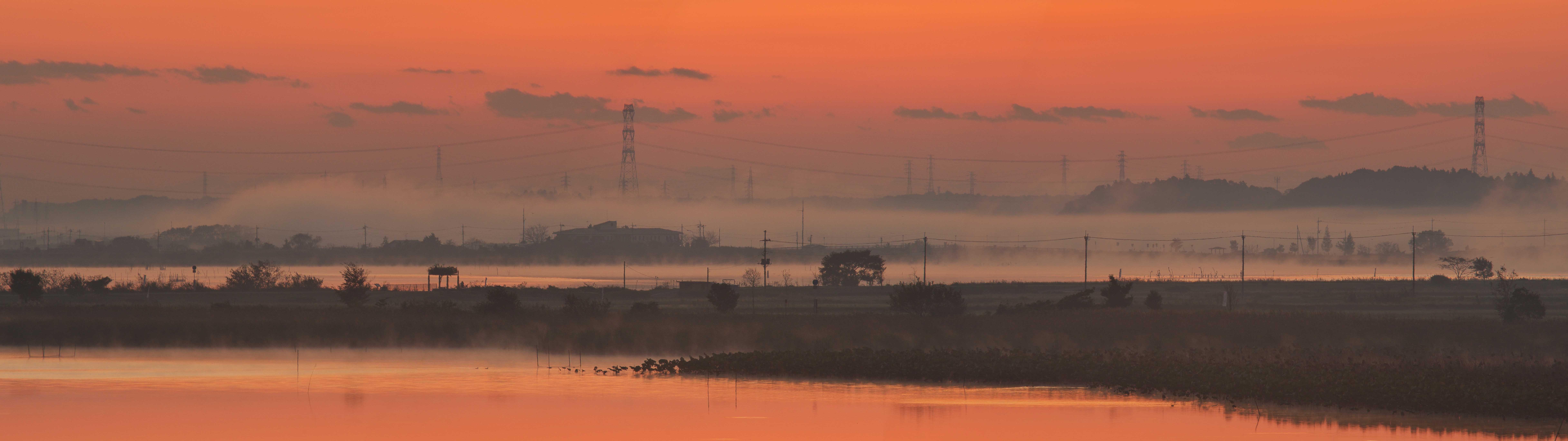 沼の夜明け 1_f0018464_2241213.jpg