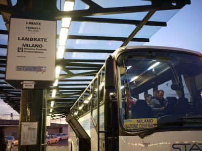 ガラガラのリナーテ空港 2011年イタリア旅行記3_f0134268_14143516.jpg