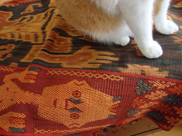 【 軽井沢インテリア ④ 】  インドネシアの手織りイカット_d0037284_8441835.jpg