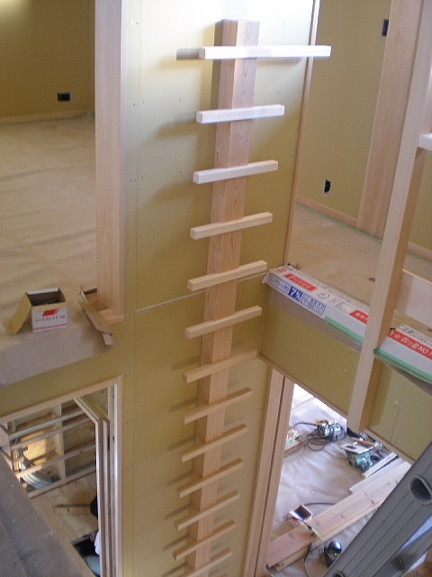 2階建てなのに階段がない家_e0145995_18323346.jpg