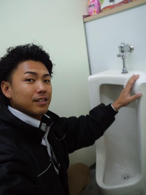 ランクル TOMMY札幌店 10月29日 本日のトミーモータース☆_b0127002_21371356.jpg