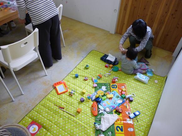 町の子育て広場inほしのこ_b0215321_20321432.jpg