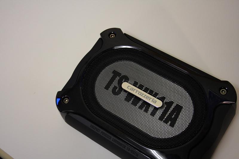 オーディオ関係取り付け開始_f0105425_18365187.jpg
