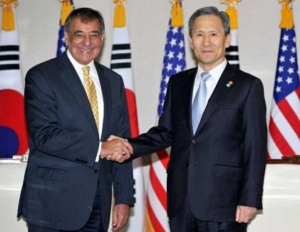 アジアで同盟国との合同軍事演習を強化=米国防長官_c0139575_5311238.jpg