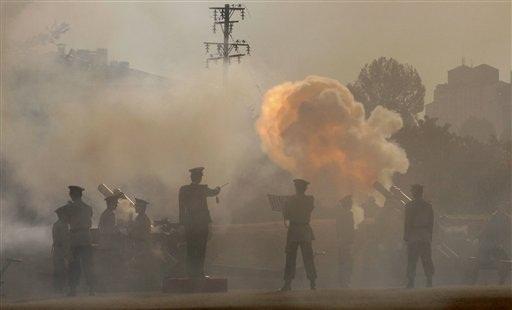 アジアで同盟国との合同軍事演習を強化=米国防長官_c0139575_553811.jpg