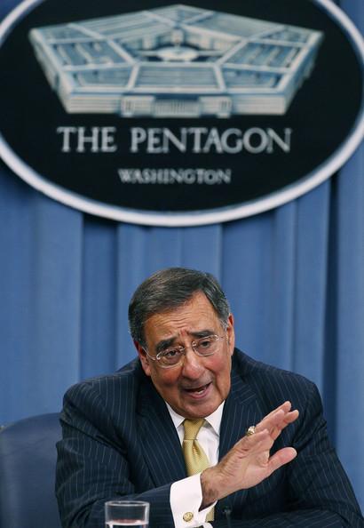 アジアで同盟国との合同軍事演習を強化=米国防長官_c0139575_621424.jpg