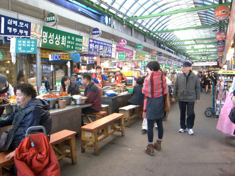 韓国2日目~食べ歩き~_f0230689_1492271.jpg