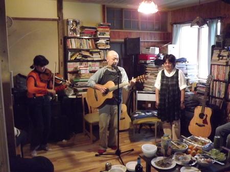 ブックカフェ「無頼庵」プレ・オープンイベントの報告_c0063108_22365943.jpg