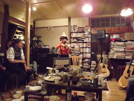 ブックカフェ「無頼庵」プレ・オープンイベントの報告_c0063108_2351583.jpg