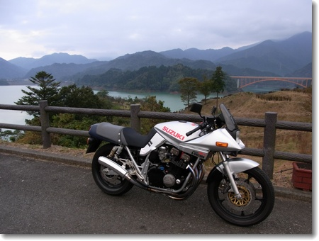 宮ヶ瀬 2011.10.30_c0147448_1158349.jpg