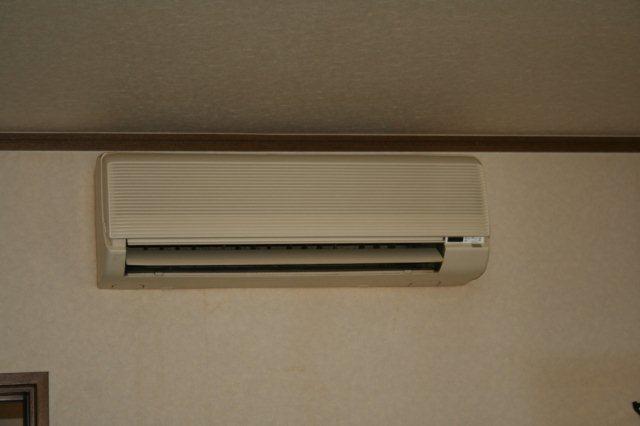 エアコンのクリーニング(東京都小平市)_e0207151_16491277.jpg