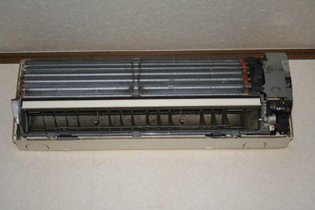 エアコンのクリーニング(東京都小平市)_e0207151_16504313.jpg