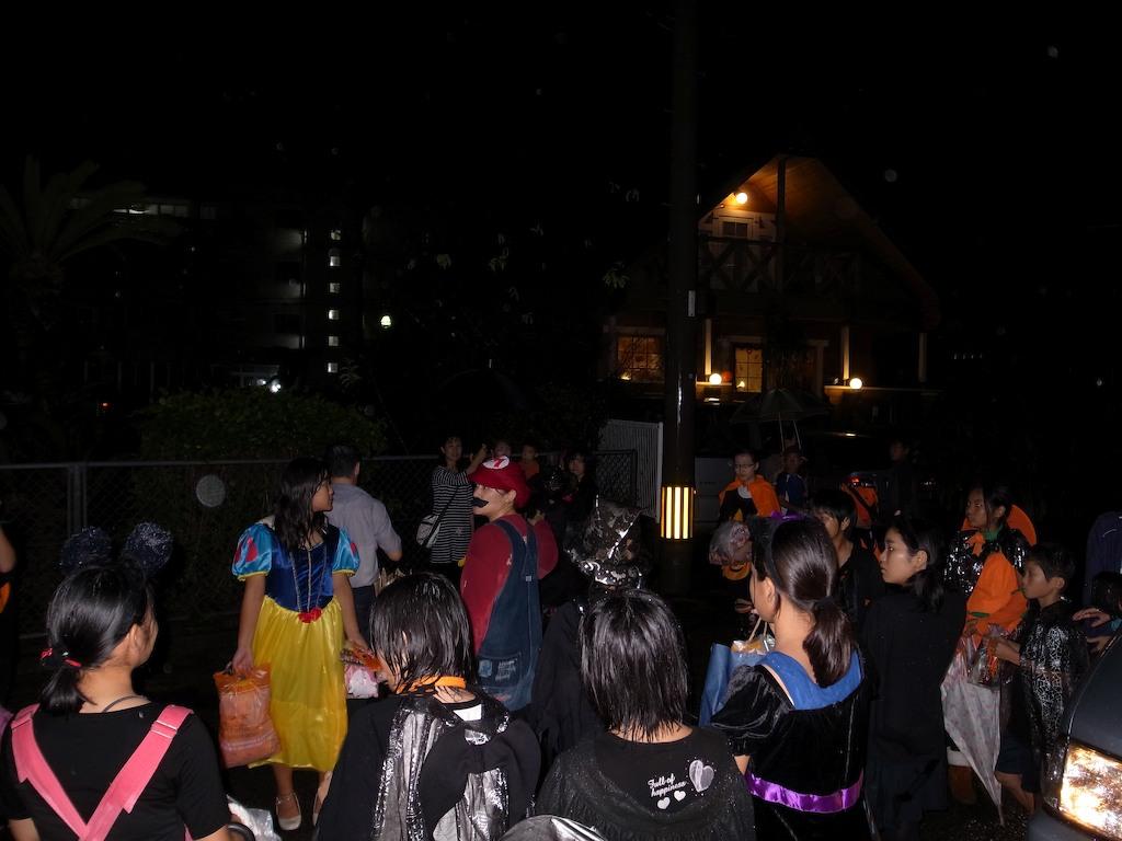 10/30 Halloween_a0010095_23162234.jpg