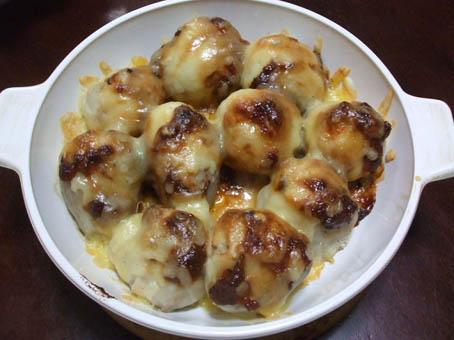 里芋の味噌チーズ焼き_f0019498_1774342.jpg