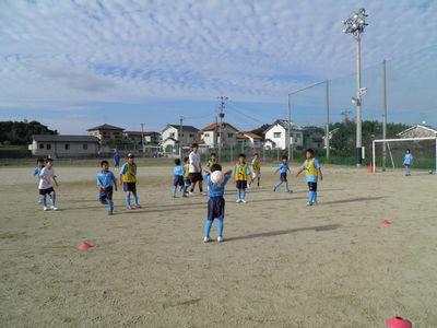 10月のサッカー教室_c0218303_1613158.jpg
