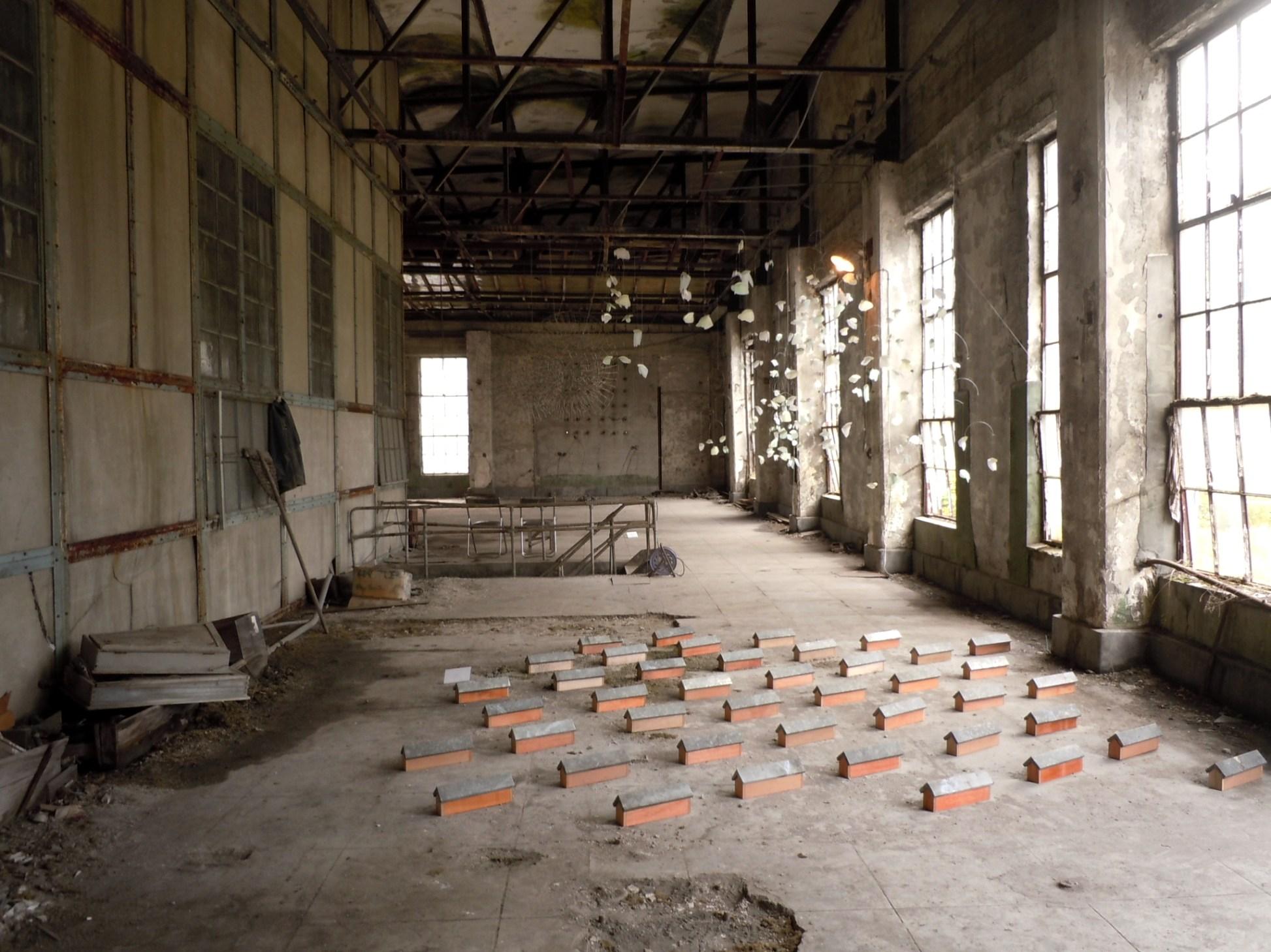 1600)夕張 ③「夕張清水沢アートプロジェクト 旧火力発電所2階の様子」 終了9月17日(土)~10月16日(日)_f0126829_21354873.jpg