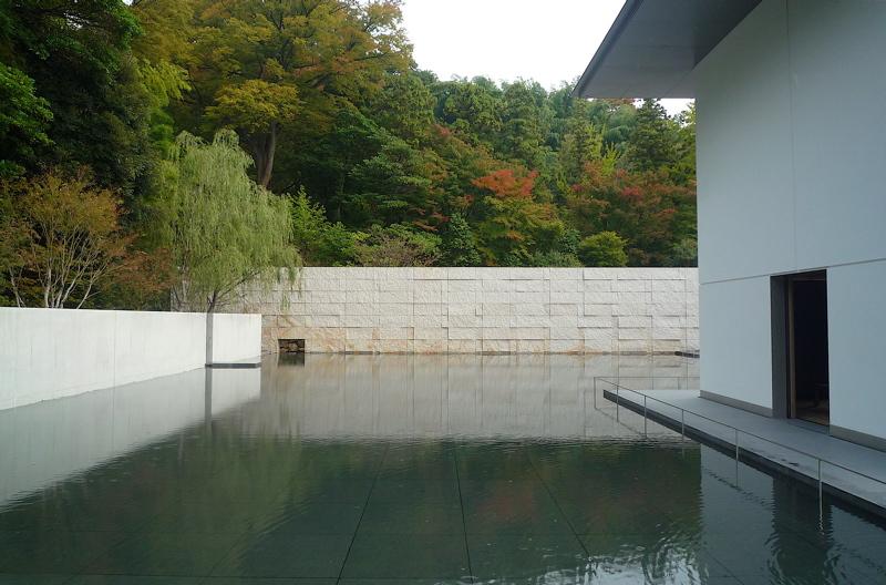 谷口吉生氏設計の鈴木大拙館に行ってきました。_f0165030_7261096.jpg