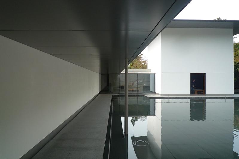 谷口吉生氏設計の鈴木大拙館に行ってきました。_f0165030_726969.jpg