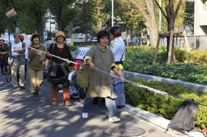 原発いらない福島の女たちのアクション_a0086851_2492427.jpg