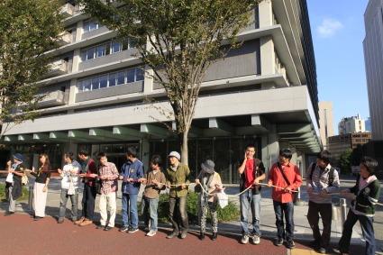 原発いらない福島の女たちのアクション_a0086851_250167.jpg