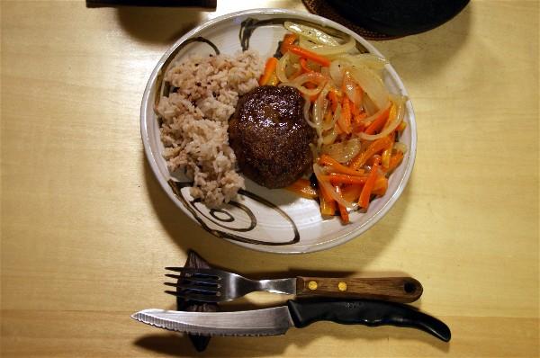 夕飯は淡路ハンバーグとうげ_e0166355_17304481.jpg