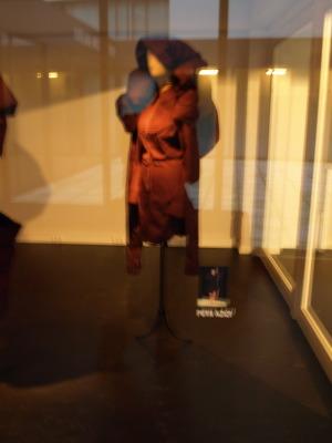 アントワープモードミュージアムMOMUの展示_e0122680_1541364.jpg
