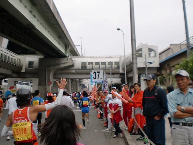 第一回 大阪マラソン 10月30日(日) RUN:42.195km_b0176192_2258381.jpg