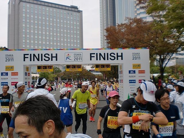 第一回 大阪マラソン 10月30日(日) RUN:42.195km_b0176192_23162564.jpg
