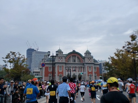 第一回 大阪マラソン 10月30日(日) RUN:42.195km_b0176192_651494.jpg