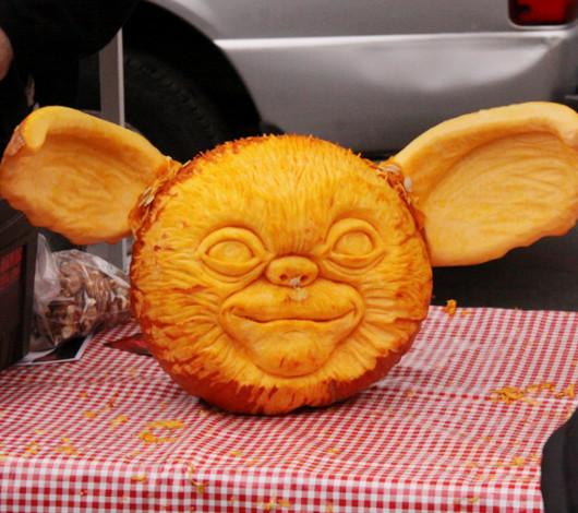 ニューヨークのハロウィン風景 かぼちゃいっぱい青空市場_b0007805_23391887.jpg