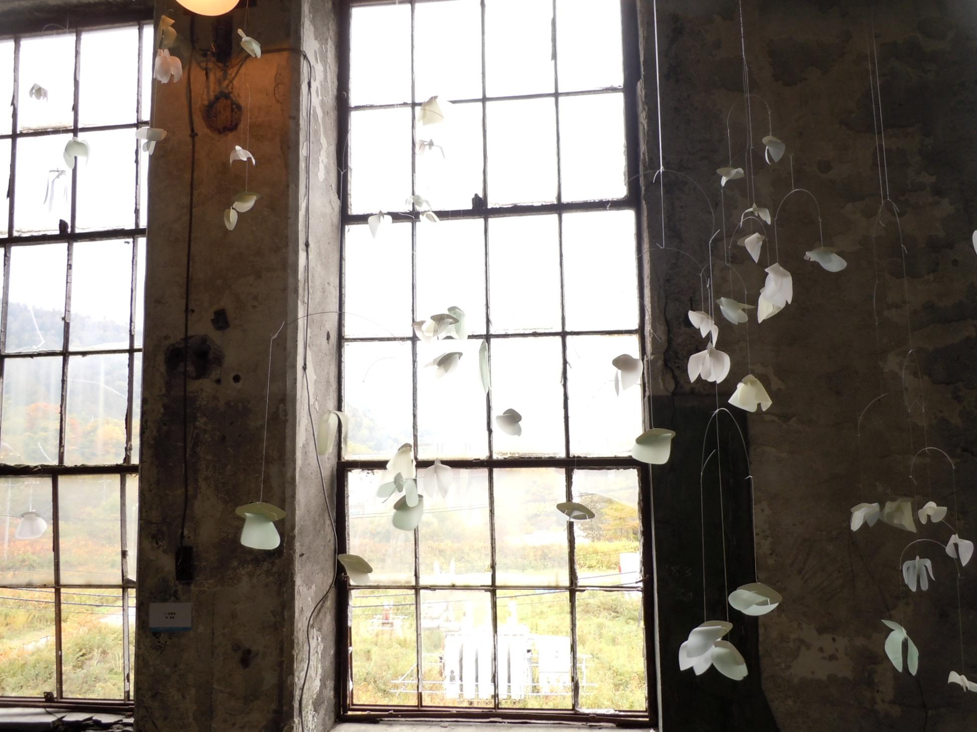 1600)夕張 ③「夕張清水沢アートプロジェクト 旧火力発電所2階の様子」 終了9月17日(土)~10月16日(日)_f0126829_9424440.jpg