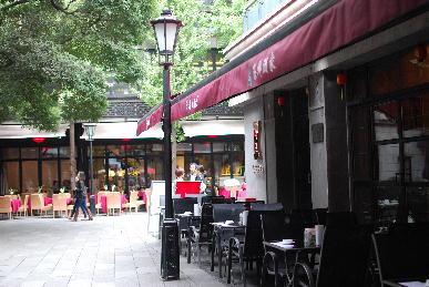 上海新天地_a0175348_1130148.jpg