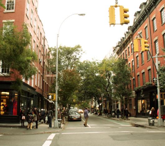 ニューヨークのハロウィン風景 ブリーカー通り沿い_b0007805_033393.jpg