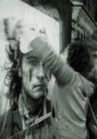 ニューヨークの街角で急増中の白黒ポートレート写真アート Inside Out Project_b0007805_11134369.jpg