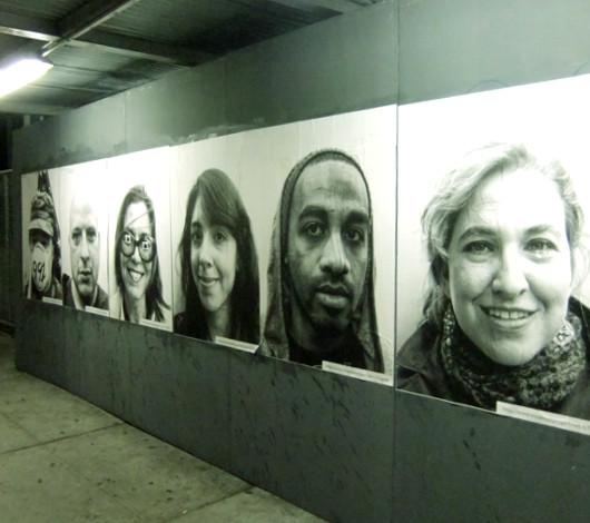 ニューヨークの街角で急増中の白黒ポートレート写真アート Inside Out Project_b0007805_1114220.jpg