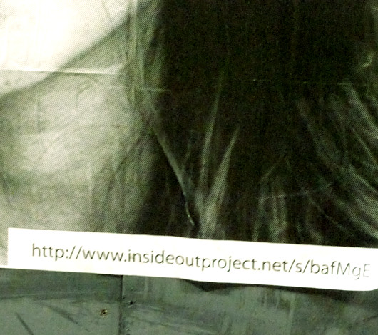 ニューヨークの街角で急増中の白黒ポートレート写真アート Inside Out Project_b0007805_11142261.jpg