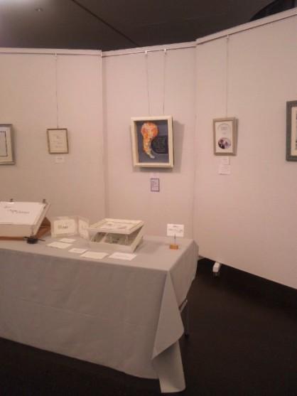 カリグラフィーの展示会に行ってきました♪_c0165914_22335829.jpg