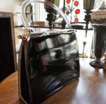 ゴブラン織りのヴィンテージバッグ セール始めました。_f0196455_1552402.jpg
