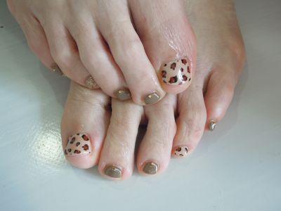 Leopard Foot Nail_a0239065_13435216.jpg