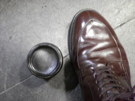 靴クリームの色選び_d0166598_17555654.jpg
