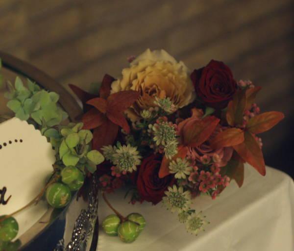 深い秋、翠と紅の装花  代官山パッション様へ_a0042928_2245993.jpg