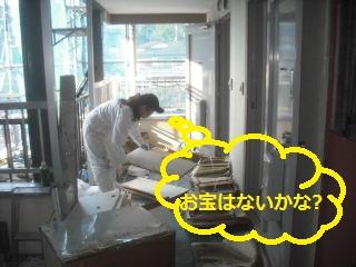 キッチン解体 41台中の初日_f0031037_20145592.jpg